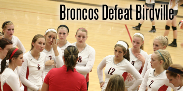 LBTV: Volleyball Earns Win at Home