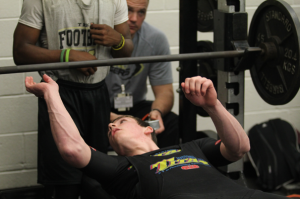 Powerlifting Weighs in on Season