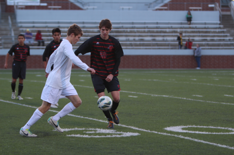 Boys' Soccer Finishes Season Strong