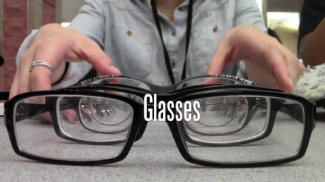 LBTV: Glasses V.S. Contacts, Which One do You Prefer?