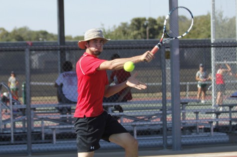 Senior Luca Chudoba Competes in Tennis