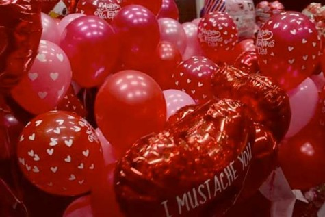 LBTV: Art Club Sells Valentines