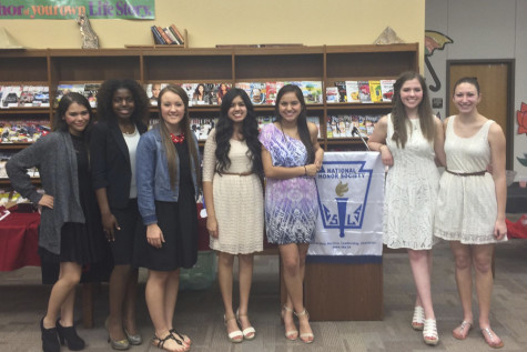 NHS Inducts 33 New Members