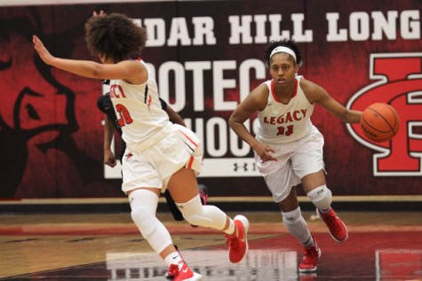 Bronco History: Girls' Basketball Advances to Regional Quarterfinals