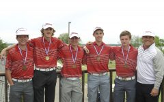 Boys' Golf Advances to State Tournament