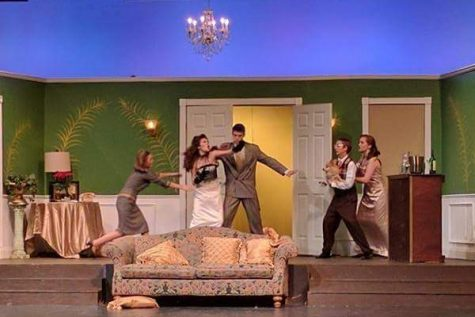 Review: Theater Checks in for 'Suite Surrender'