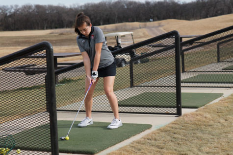 Girls' Golf Competes in Championship