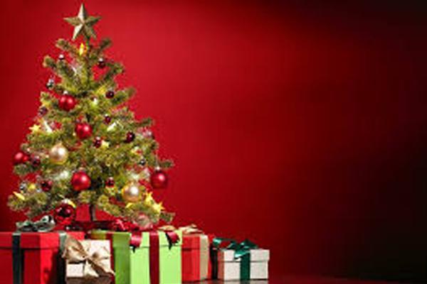 Staff Writer Brinley Koenig, talks about way to get into the Christmas spirit.