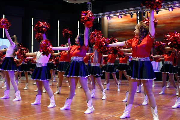 JV Silver Spurs Teach Line Dancing at National Journalism Convention