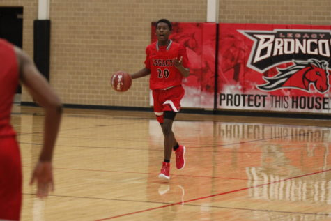 Varsity Boys' Basketball Competes in Tournament