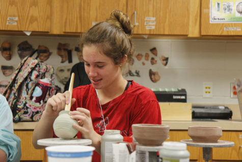 Visual Arts Students Compete, Move On To State