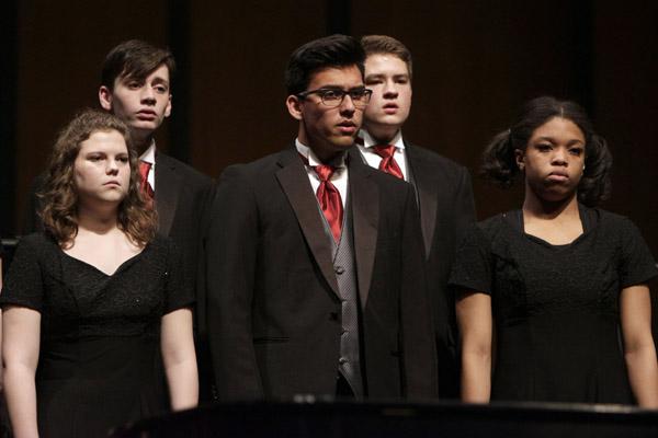 Chamber Choir Prepares for Festival Concert