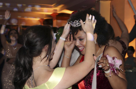 Photo Gallery: Prom