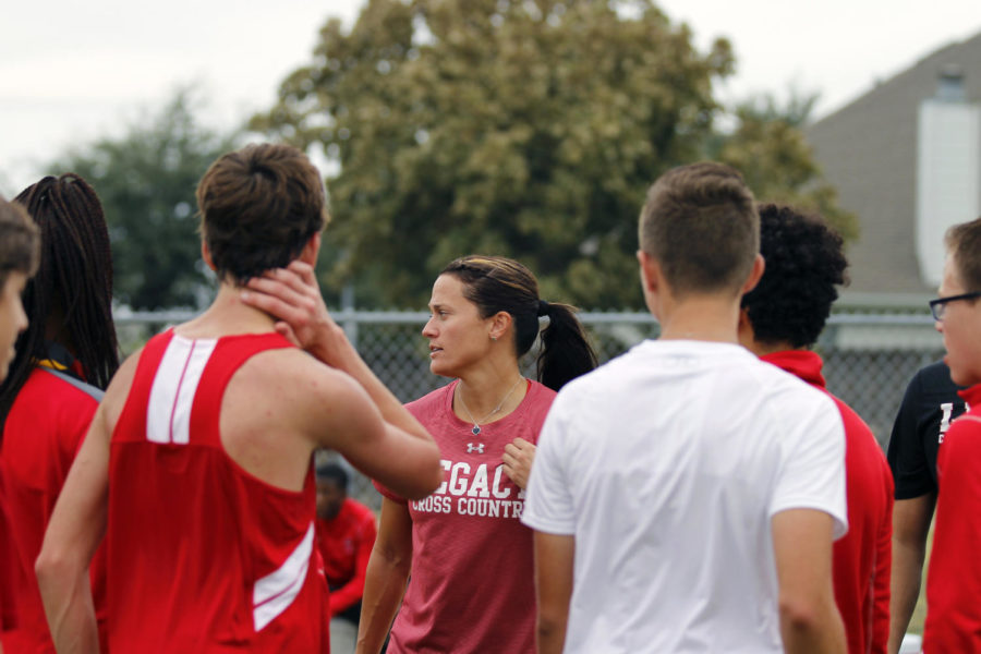 Cross Country Sets Sights on Regionals
